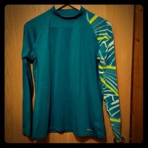 Reebok mock neck cold gear shirt XL